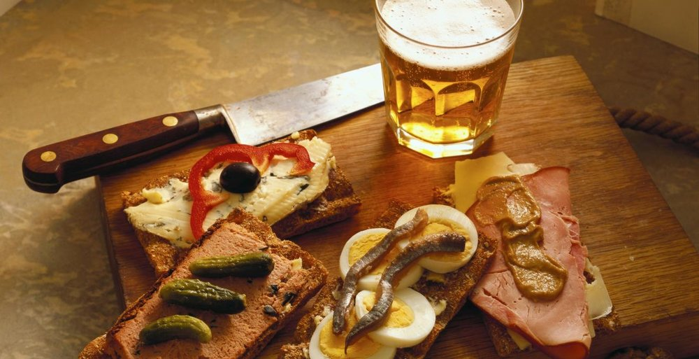 Beer Lovers special: assorted chips, pretzels, nuts, cold meat and cheese platter, ice cold Coronas and Pacificos. $19 per person.
