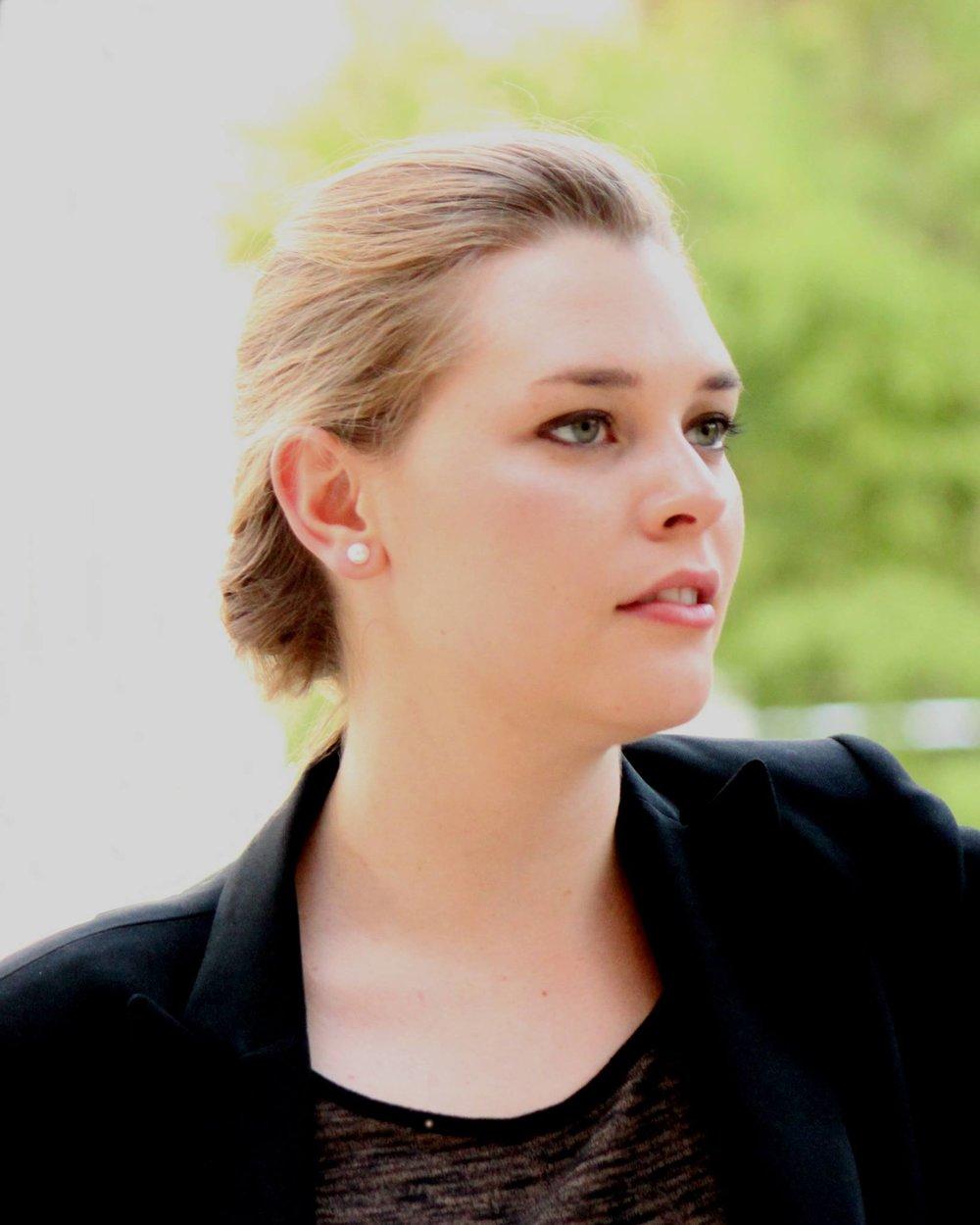 Sarah Neely - Soprano