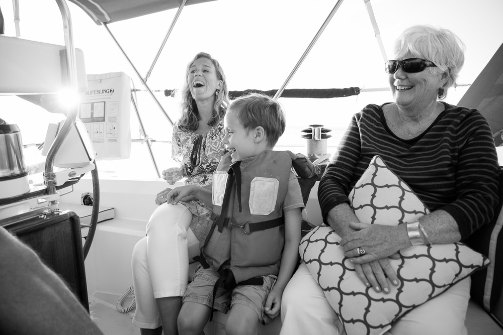 boating-family-pictures.jpg