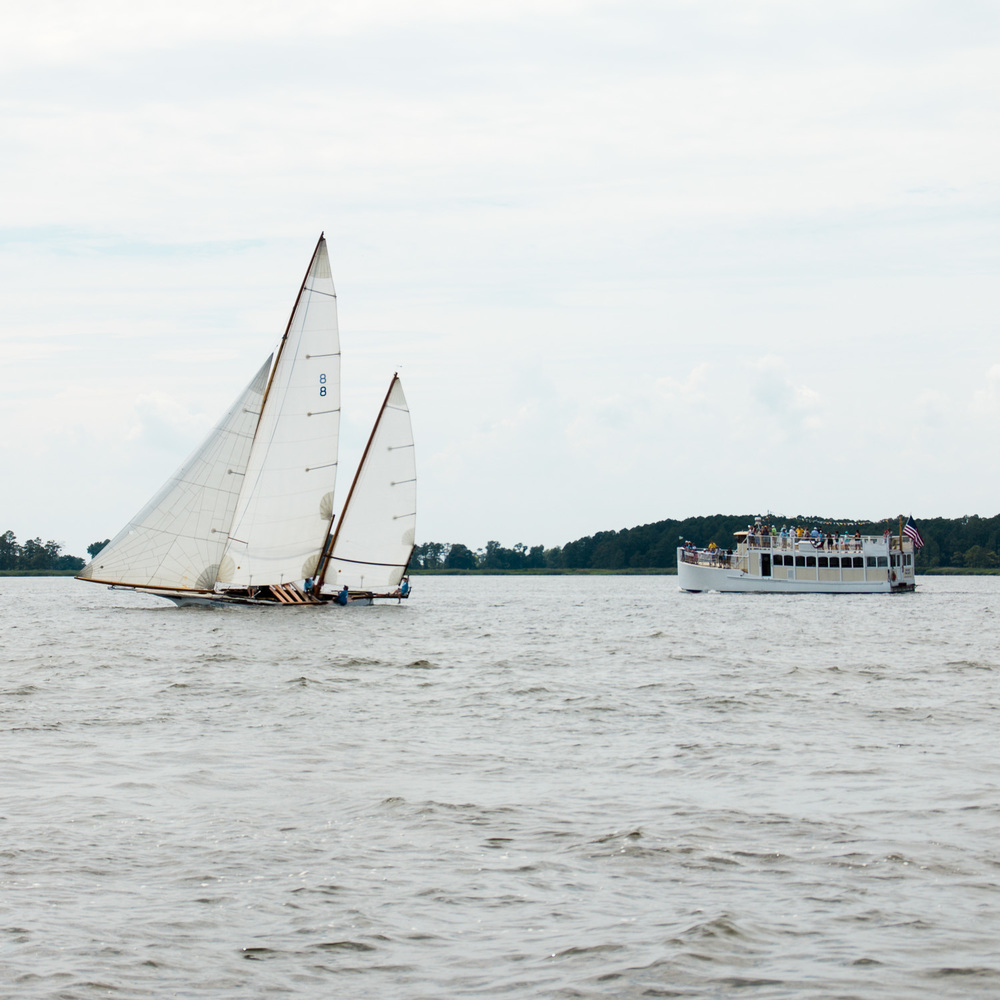 Log-Canoe-Race-at-Rock-Hall-Yacht-Club-July-2016-ss-16.jpg
