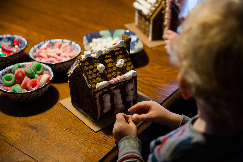 Maryland family documentary photography: gingerbread photo session