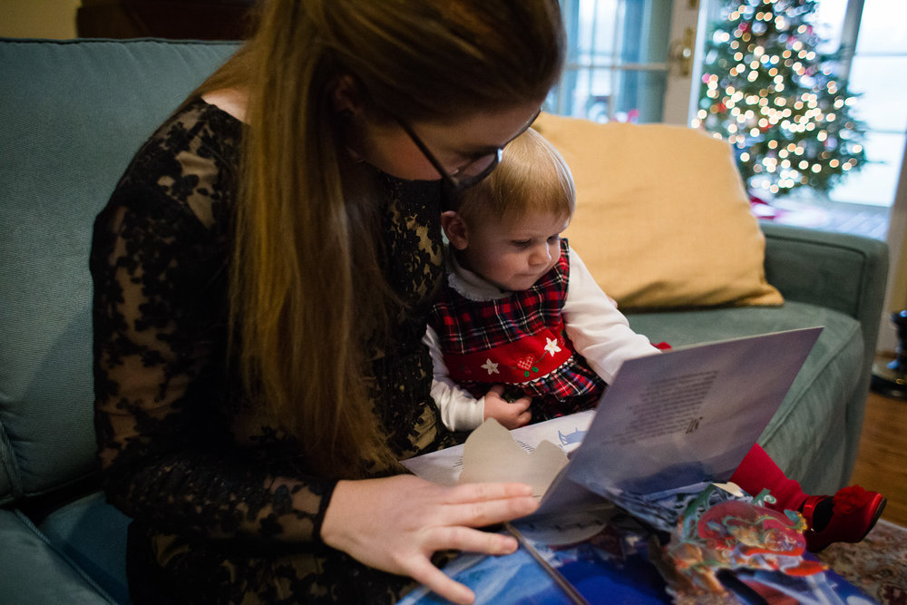 Reading the Night Before Christmas, Photographing a Holiday Tradition in Chestertown Maryland