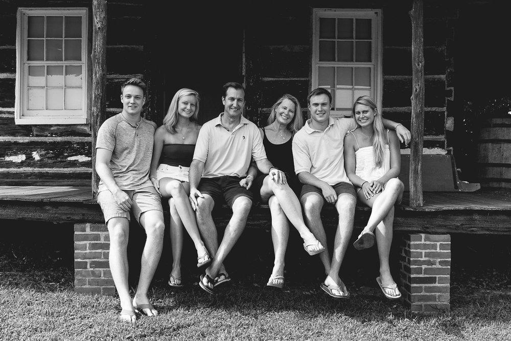 Swanson-family-2018-6-ss.jpg