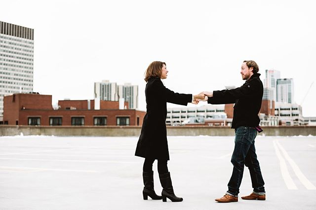 There's something about the combination of Winter fashion, crisp + cool days, and warm laughs that make Winter engagements so lovely. ❄️ Even when it's cold, it's the perfect opportunity to practice your first dance to warm up and to hold your partner super close to you. ❤️ Plus, you get to photograph some pretty great views of Boston. 😊