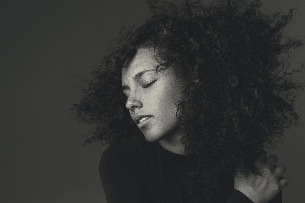 Alicia-Keys-Inside-2.jpg
