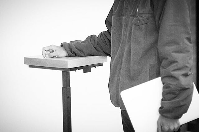#coffeebreak #coffeeculture #coffeetime #digitalnomad #flatwhite #minimalism #minimalist #minimalmood #mnml #simplelife #standingdesk #workanywhere #workfromanywhere #livefolk #letsgosomewhere#mobileoffice #myoffice #worklifebalance #workspace #surfandwork #vsco