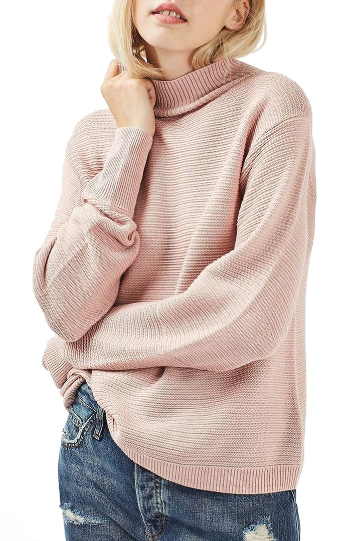 Blush Pink // Favorite fall color, especially when paired back with merlot colored booties!