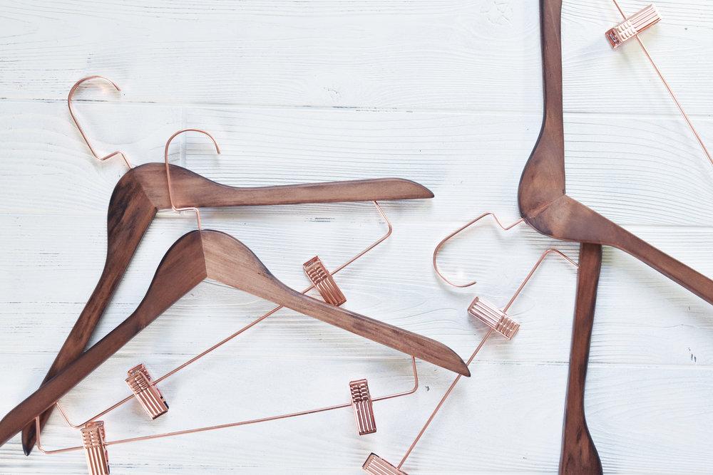 fashion_hangers.jpg
