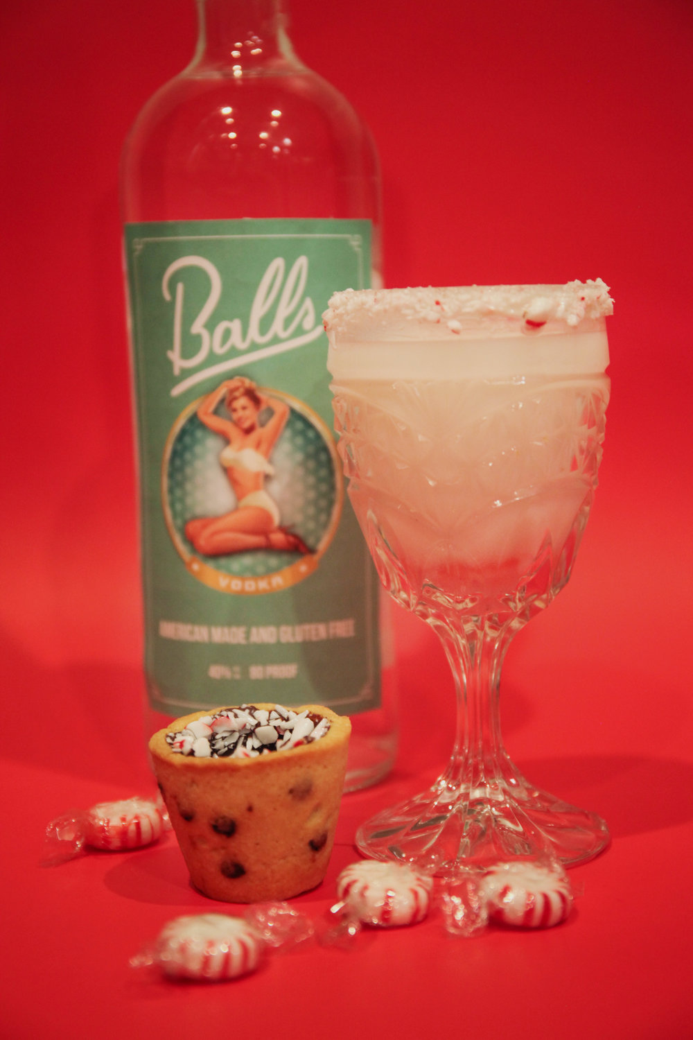 The Ball Drop  - Enjoy this delicious concoction, shaken up by our friends at Balls Vodka Pair with a Peppermint Bark Cookie Cup 1 oz. vodka1 oz. creme de menthe Heavy whipping cream  Mix well in a bowl and carefully spoon into cookie cup of your choice.  Top with a dollop of whipped cream and a chocolate drizzle to really wow your guestsFills approximately 2 cookie cups