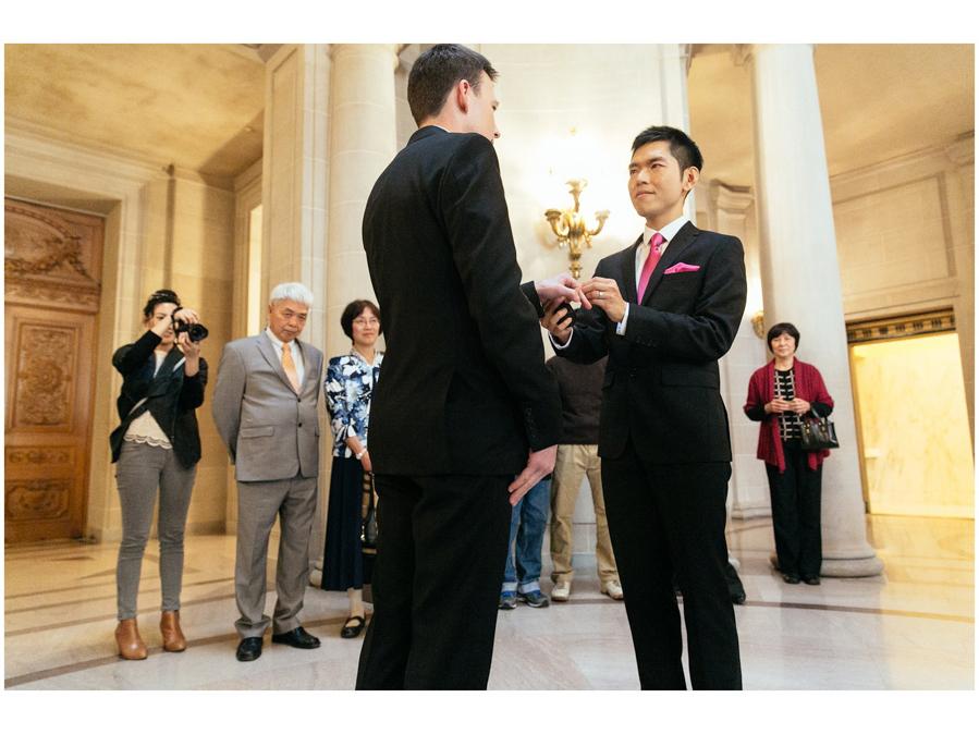 San_Francisco_City_Hall_Wedding_Artem_Kit_17.jpg