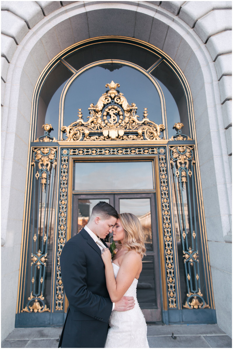 Modern_Love_San_Francisco_City_Hall_Wedding_Photography_6826.jpg