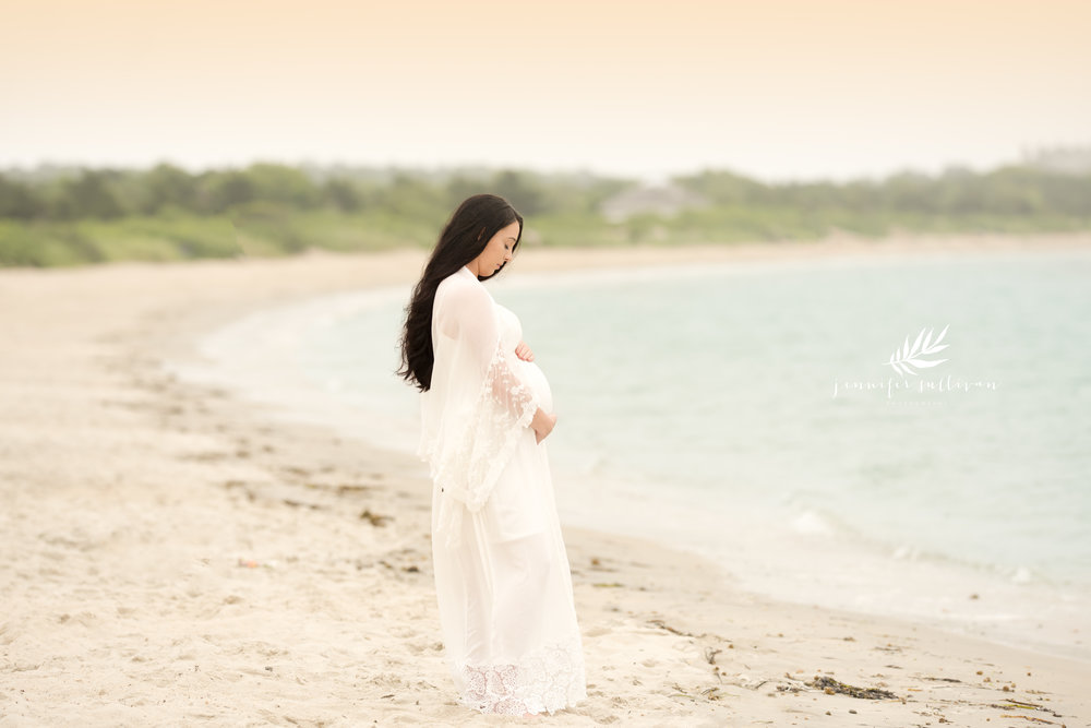 Every beach session is exciting but when it's a glowing Mama to be, I feel honored to capture that fleeting time! Waiting for baby is always exciting and capturing this moment to look back at is so special.