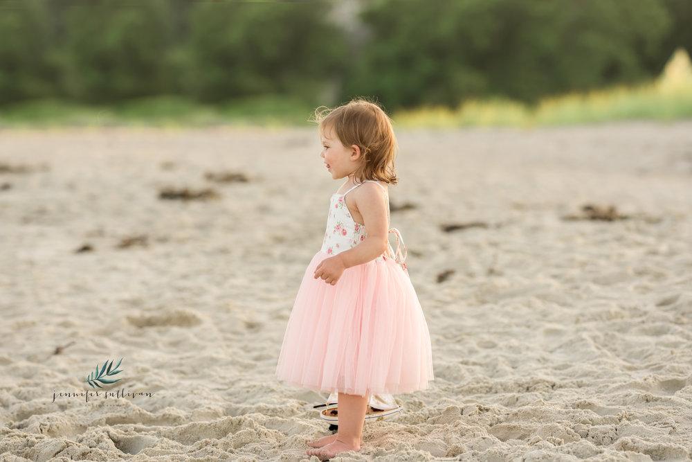 dartmouth beach family photographer-400-17.jpg