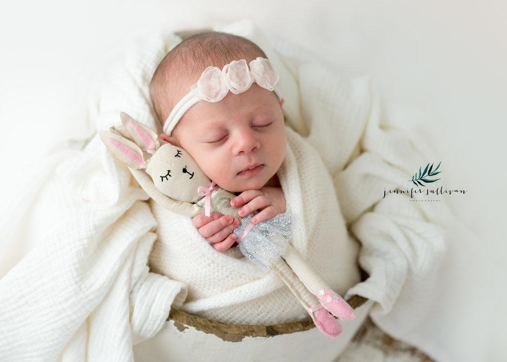dartmouth newborn family photographer -400.jpg