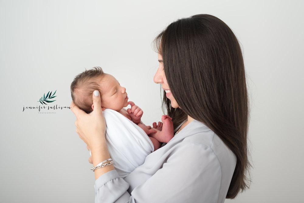 dartmouth massachusetts newborn photographer -400-14.jpg