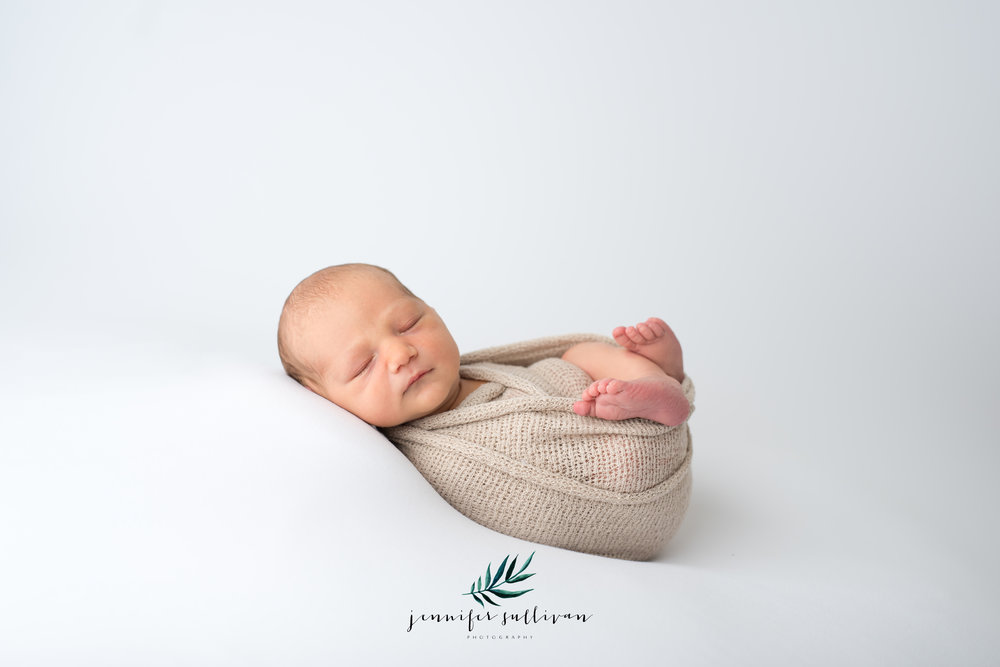 dartmouth massachusetts newborn photographer -400-11.jpg