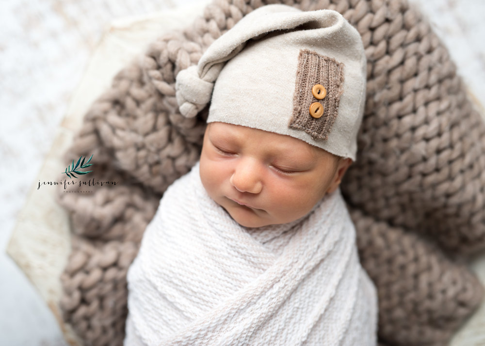 dartmouth massachusetts newborn photographer -400-10.jpg