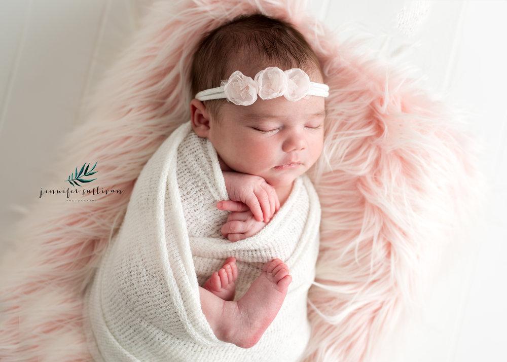 dartmouth massachusetts newborn photographer -400-9.jpg