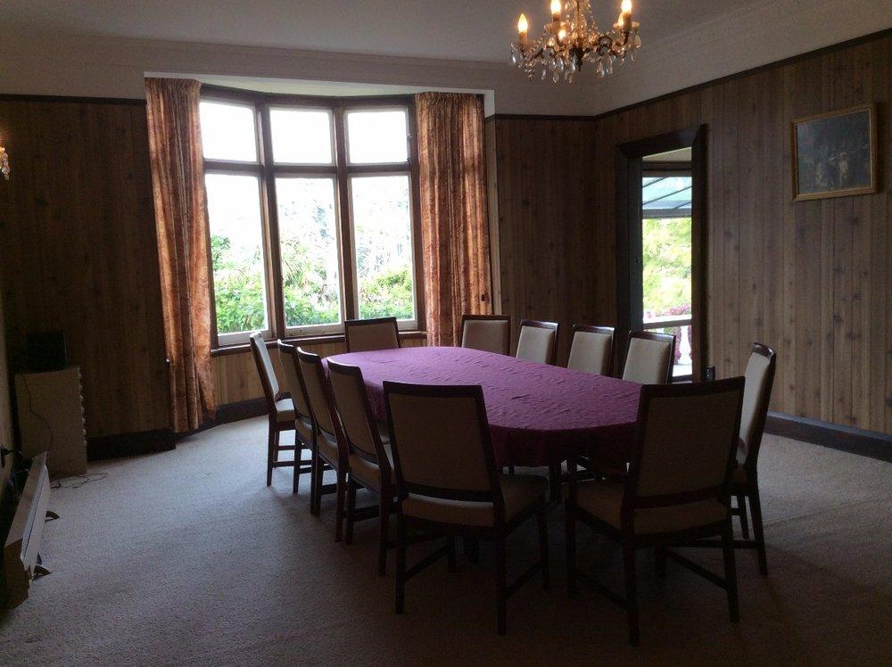large dining room.JPG