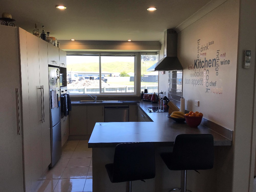 33 Hamilton Kitchen.jpg