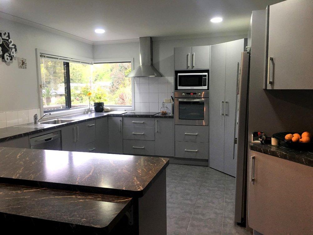 65 Hauroa kitchen.jpg