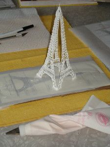 EiffelTower_RoyalIcing.jpg