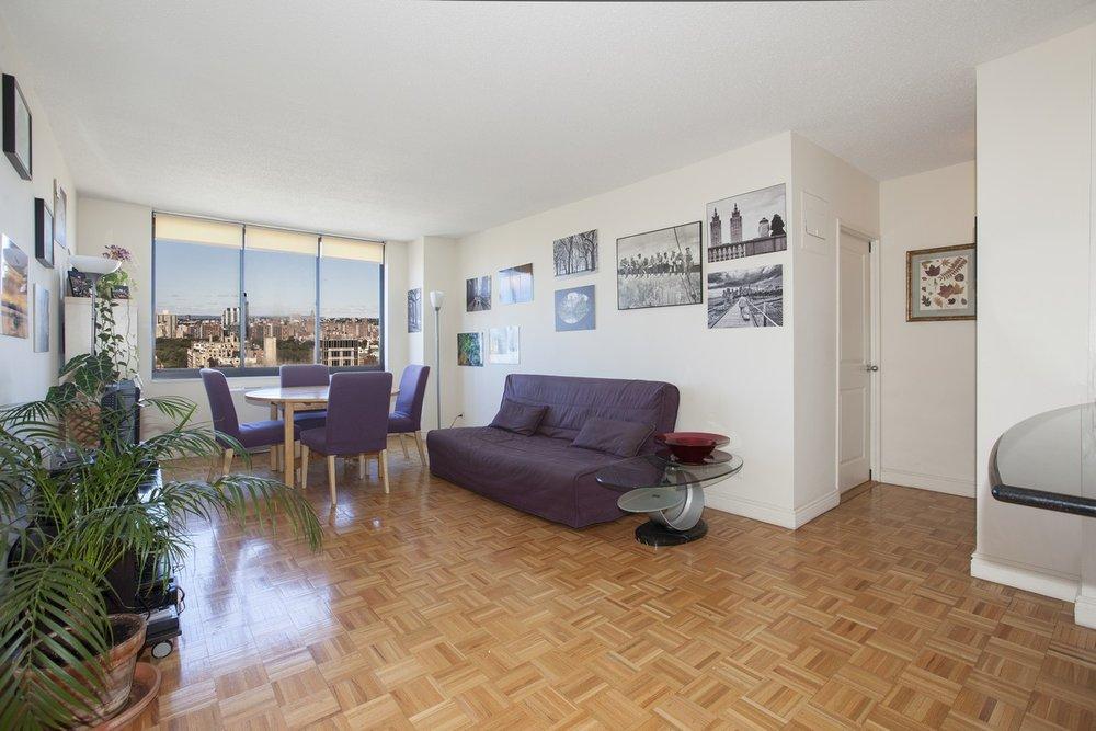 East_95th_Street_205_33J_Living_Room_.jpg