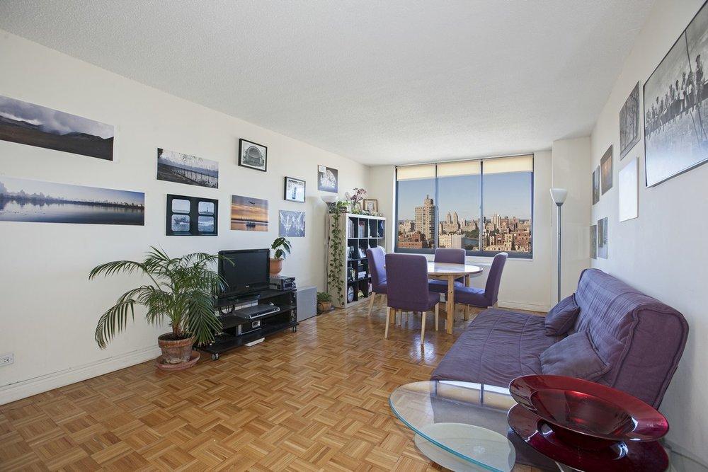 East_95th_Street_205_33J_Living_Room_Alt_.jpg