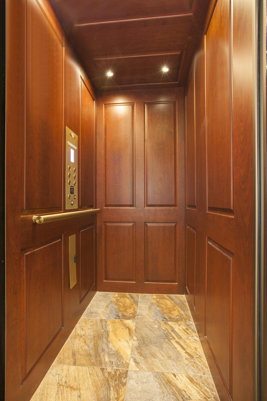 East_76th_Street_195_TH_Elevator_.jpg