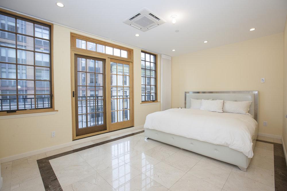 East_76th_Street_195_TH_Master_Bedroom_.jpg