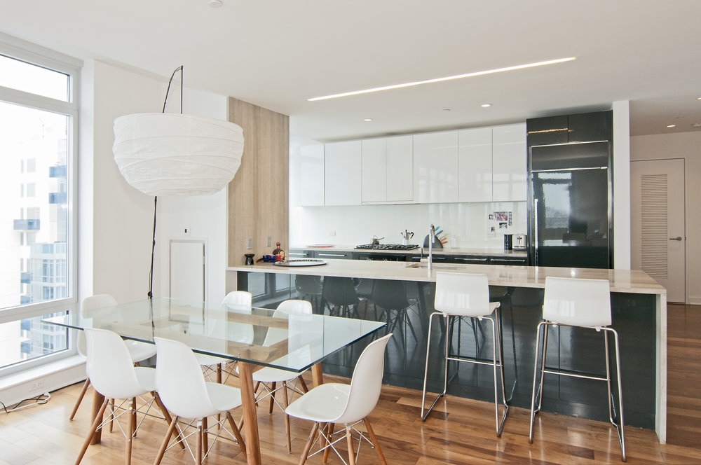 Northside_Piers_2_29-P_Kitchen_.jpg