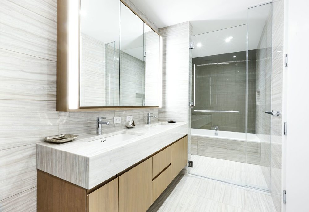 50 West Street - Bathroom.jpg