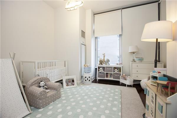 243 W 60, 4E - Bedroom 2.jpg
