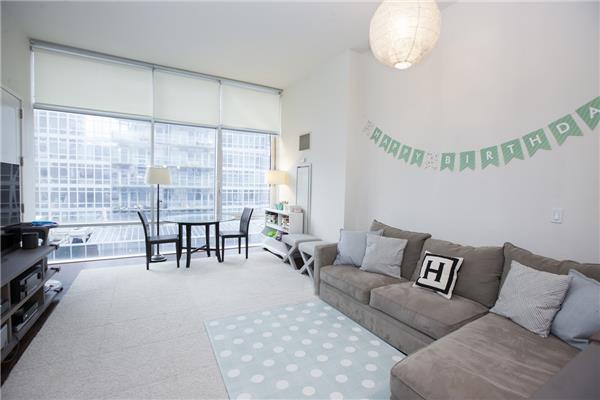 243 W 60, 4E - Living Room.jpg