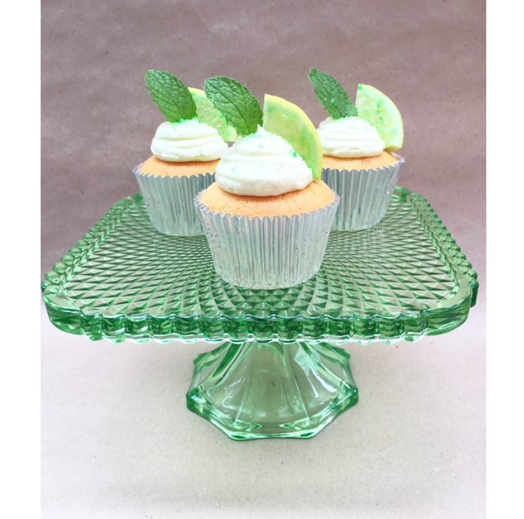 Mojito cupcakes with lime and mint