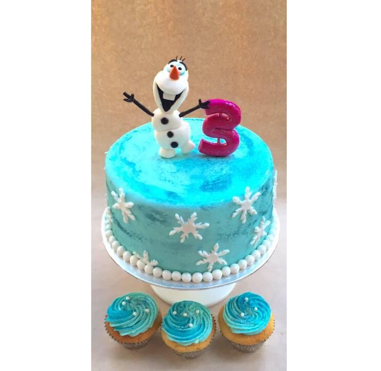 Frozen / Olaf cake  | Brisbane Custom Cake Decorator | Holly Eloise Cake Artist | Kids