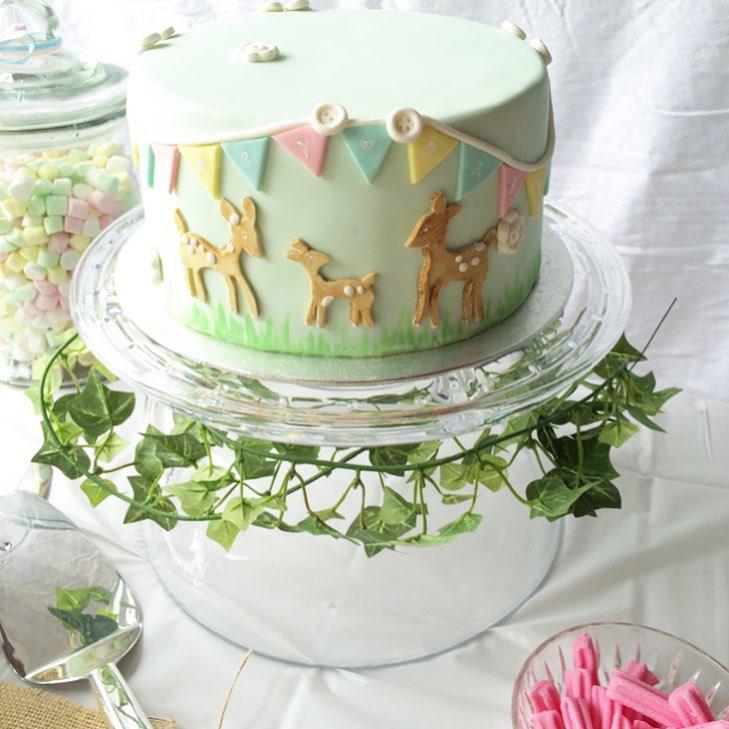 Pastel deer forest kids cake  | Brisbane Custom Cake Decorator | Holly Eloise Cake Artist | Kids