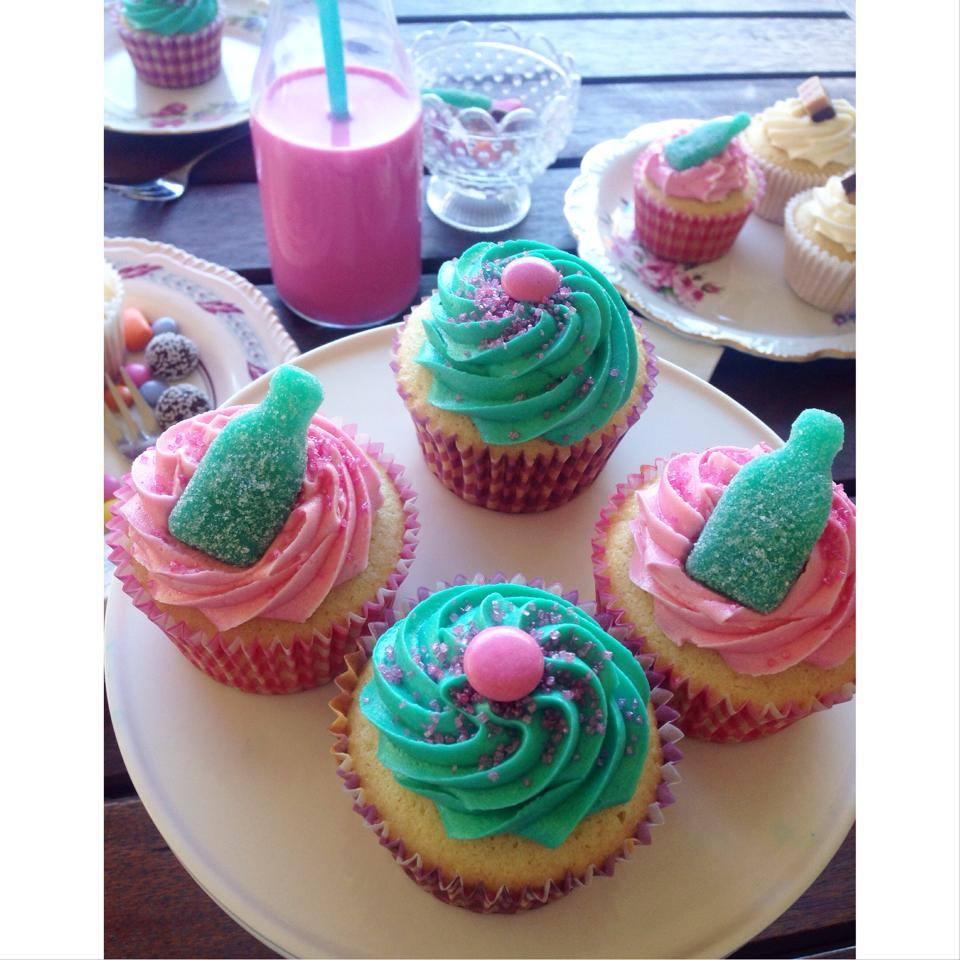 Soda pink aqua cupcakes Brisbane Custom Cake Decorator | Holly Eloise Cake Artist | cupcakes