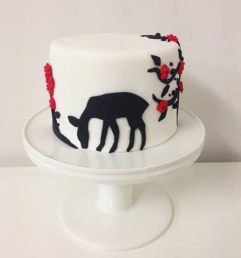 Brisbane Custom Cake Decorator | Holly Eloise Cake Artist