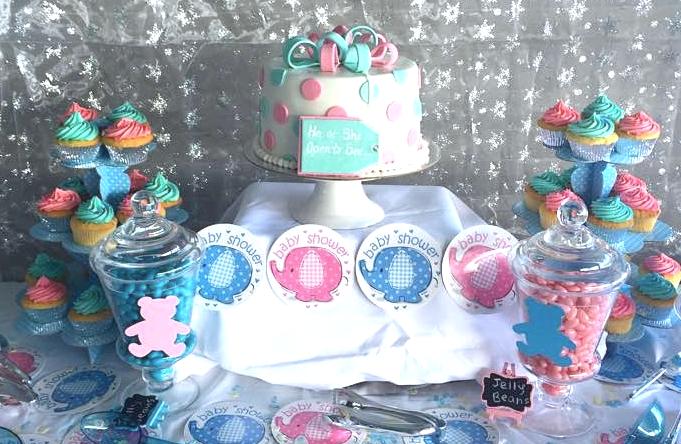 Brisbane Custom Cake Decorator | Holly Eloise Cake Artist | Gender Reveal Baby shower cake