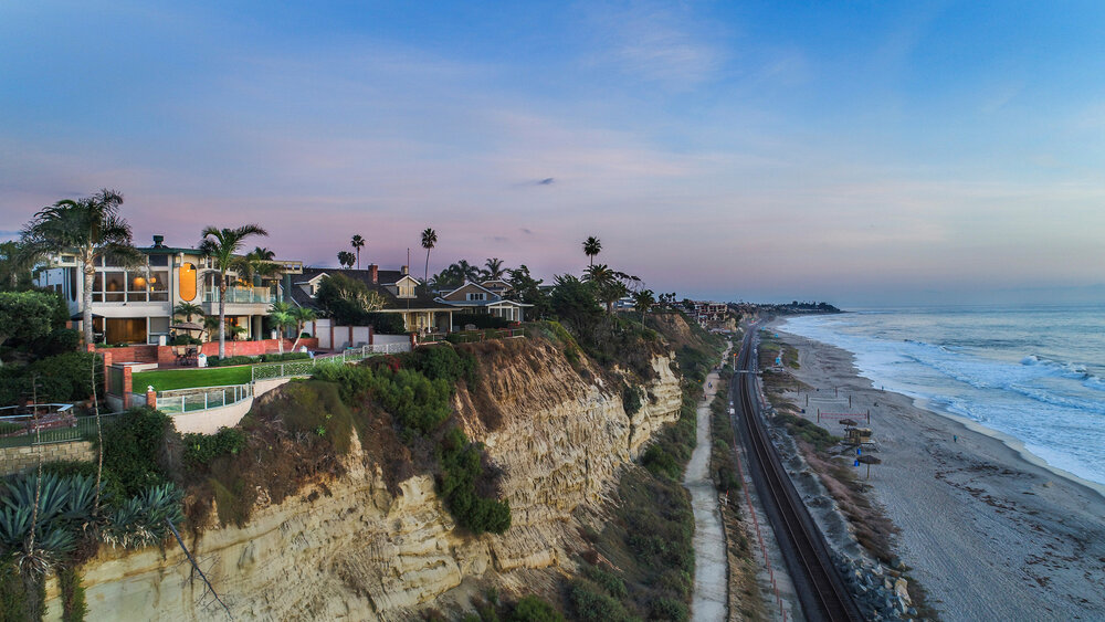 FOR SALE    $5,395,000   1812 CALLE DE LOS ALAMOS   ON THE OCEANFRONT IN SOUTHWEST SAN CLEMENTE