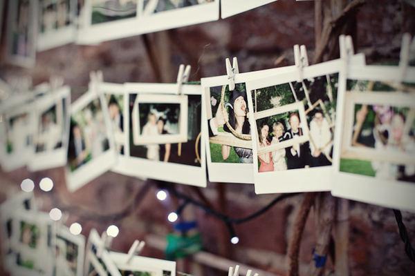 hanging-polaroid-wedding-guest-book-idea.jpg