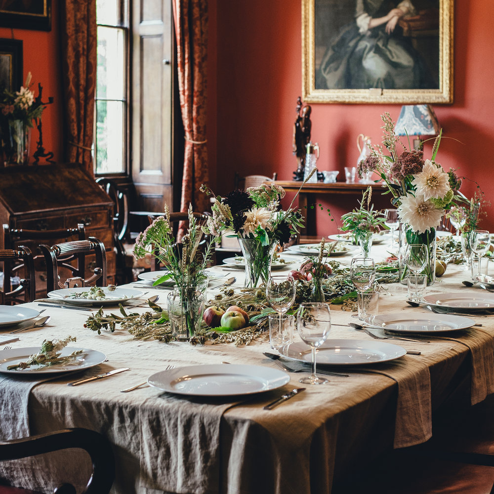 The harvest table decorated by The Linen Works. Photo Annie Spratt.
