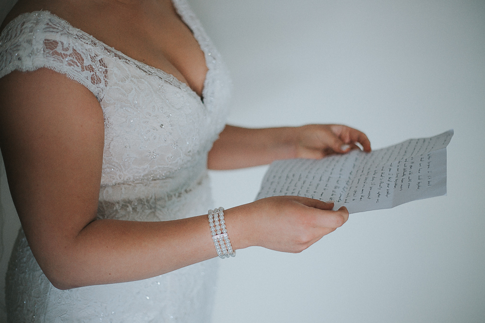 bride-wedding-letter