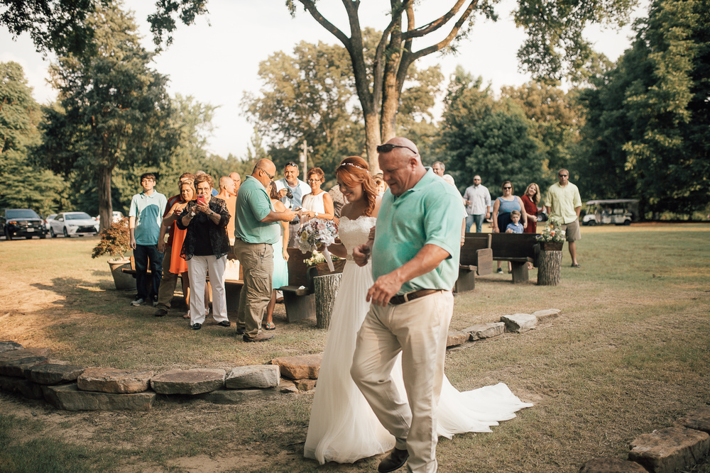 cassie-cook-photography-memphis-wedding-photographer-spitfire-acres-wedding
