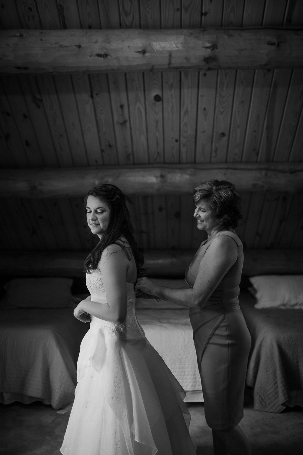 cassie-cook-photography-the-bridge-at-chisleigh-farm-memphis-wedding-photographer