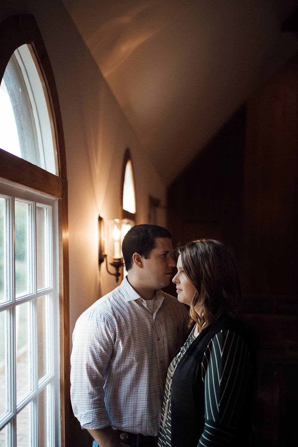 cassie-cook-photography-memphis-wedding-photographer-bonne-terre-engagement-session-wedding-venue
