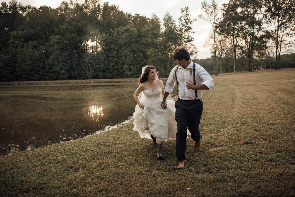 the-bridge-at-chrisleigh-farm-memphis-wedding-venues-cassie-cook-photography