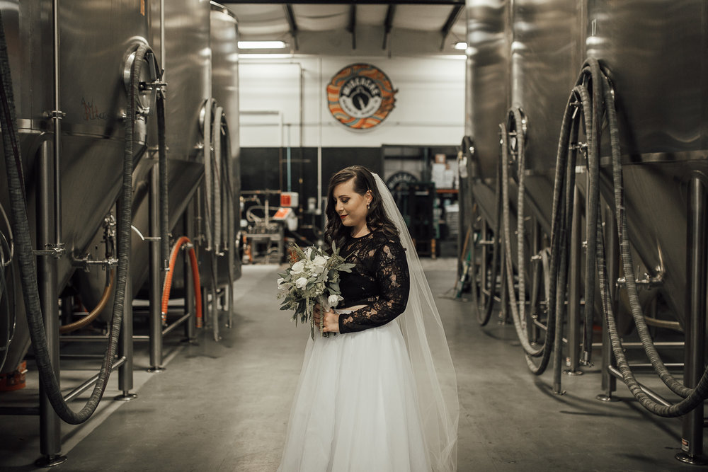 memphis-wedding-photographer-wiseacre-brewing-cassie-cook-photography