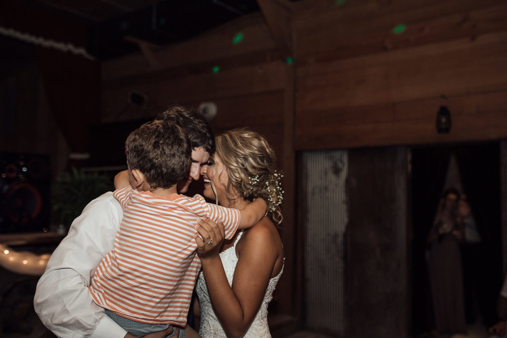 cassie-cook-photography-the-mill-at-plein-air-taylor-ms-wedding-venue